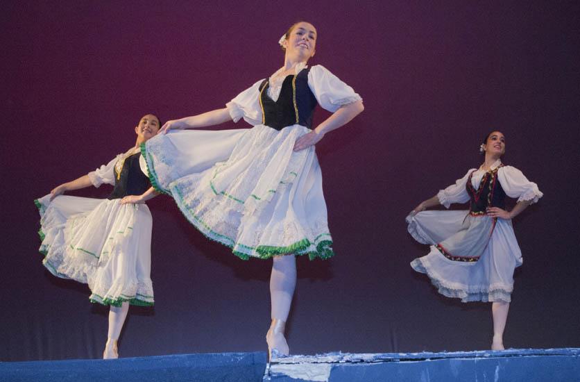 IMG 8385 - Reportaje fotográfico de las galas de danza