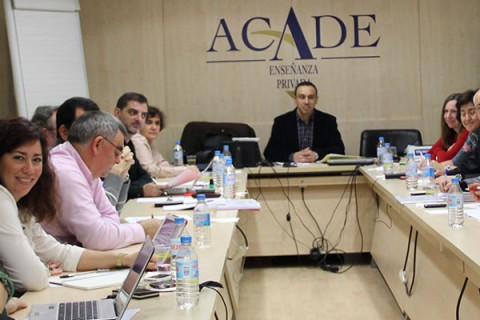 firmatablacolegios 1100x400 480x320 - Reunión de la Comisión del Convenio Colectivo de ACADE