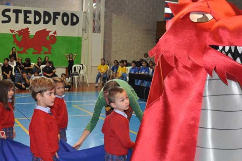 "fiestagalesaelcentroingles 1100x415 480x320 - Fiesta galesa ""Eisteddfod"" en El Centro Inglés"
