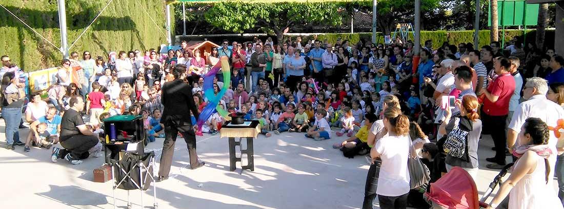 40aniversarioxiquets 1100x408 - La escuela infantil Els Xiquets celebra su 40 aniversario