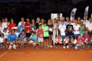 Entregados los trofeos del XXIX Torneo de Tenis del colegio San José de Estepona
