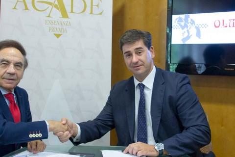 foto de noticia de firma de convenio de colaboracion Olmata ACADE 480x320 - Olmata, empresa de restauración, renueva su acuerdo con ACADE