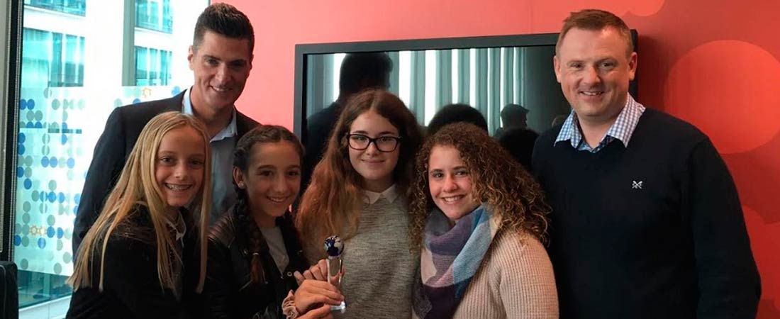 foto de noticia de global enterprise challenge colegio la devesa - Alumnas de La Devesa School ganan el tercer premio del concurso internacional The Global Enterprise Challenge