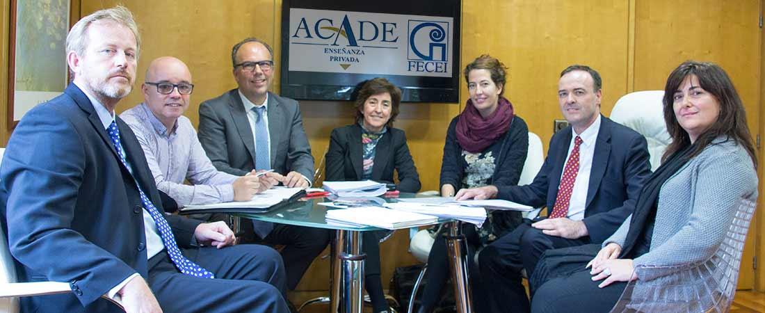 foto de noticia de reunion de fecei con directora de acade - La Federación de Centros de Enseñanza de Idiomas, FECEI, se reúne con ACADE