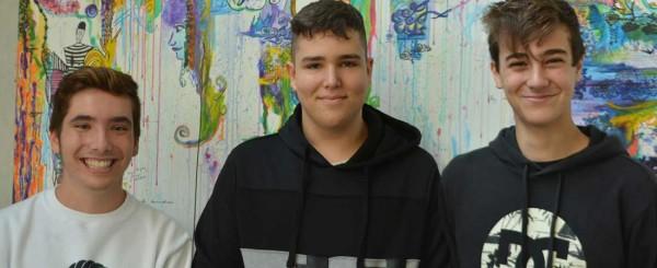 """premio alumnos colegio peleteiro 600x245 - Jaume Funes alerta de la """"distancia abismal"""" entre la enseñanza Secundaria y la adolescencia"""