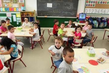 Las escuelas infantiles valencianas no podrán adelantar el descuento del bono a las familias si la conselleria no les paga los 10 millones de euros que les debe