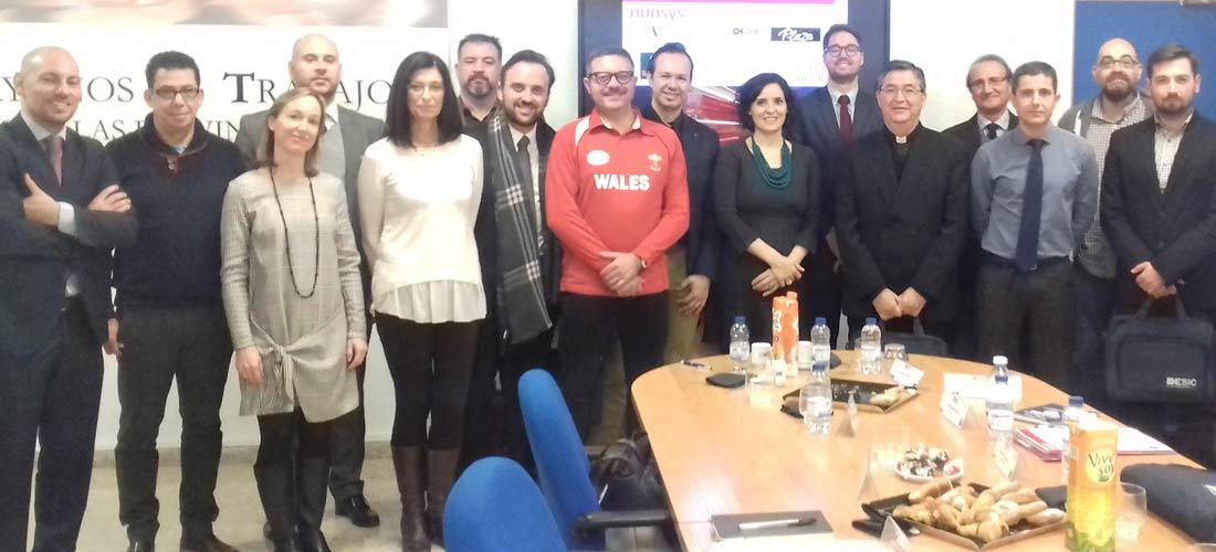 Desayuno ACADE enero web - La ciberseguridad en el aula en desayuno de ACADE-Valencia de diciembre