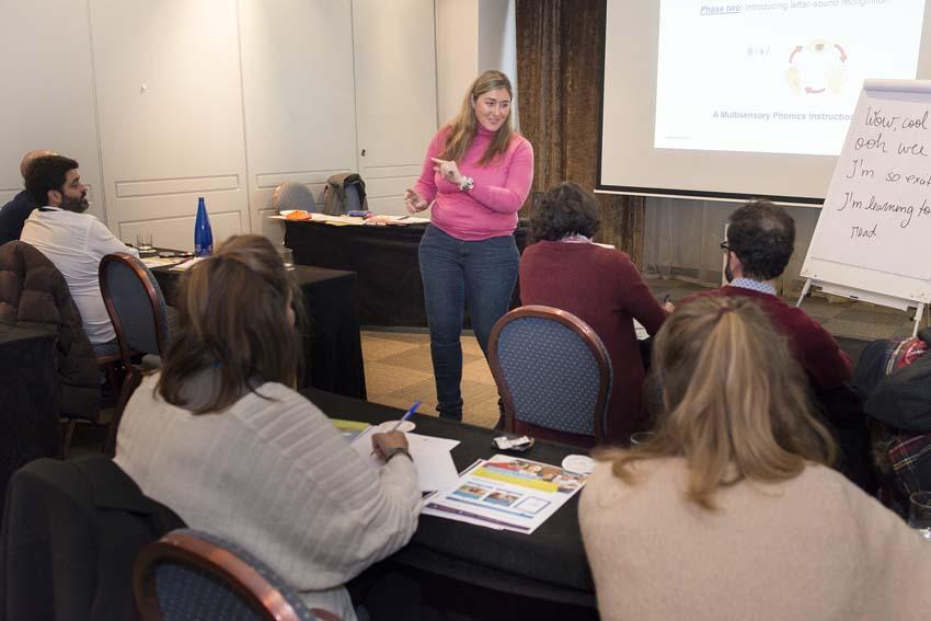 LOL7898 - Más de doscientos representantes de la enseñanza privada de idiomas se reunieron el Congreso de FECEI