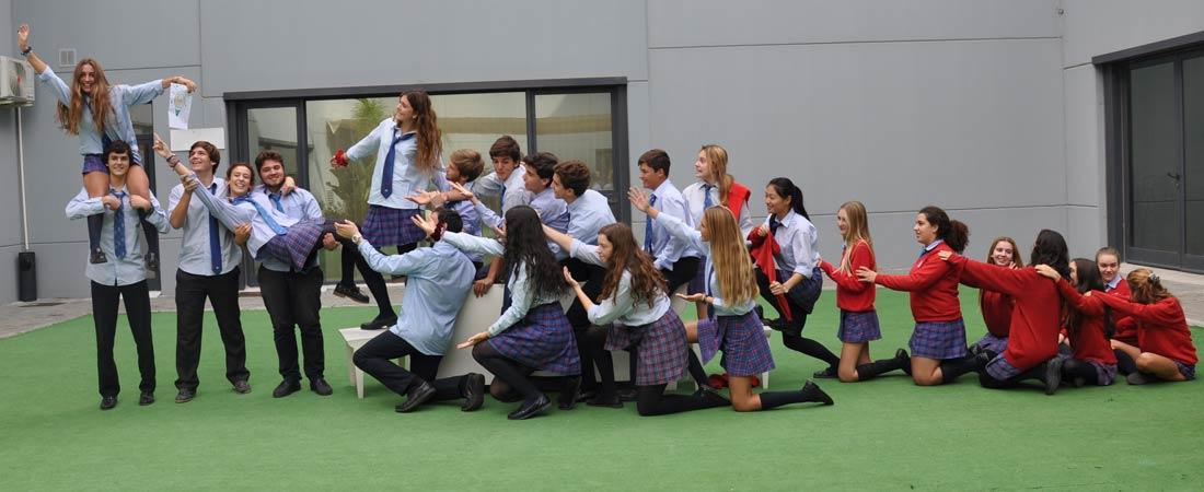 centro ingles web - El escritor José María Merino conversa con los alumnos de El Centro Inglés