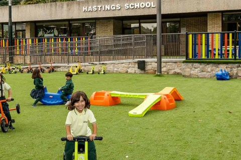 Hastings-School---Ronda-de-Sobradiel-web