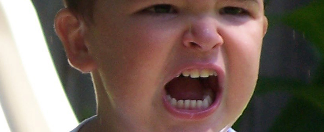 niño enfadado web - Brains Nursery Schools Madrid presentará a sus alumnos de 4 y 5 años a los exámenes de Trinity College