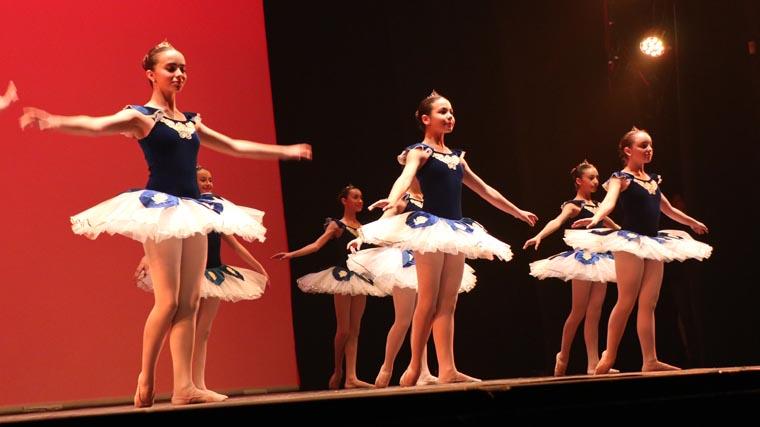 cuarta gala de danza acade 2017 3 - Reportaje fotográfico de las galas de danza