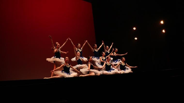 cuarta gala de danza acade 2017 5 - Reportaje fotográfico de las galas de danza