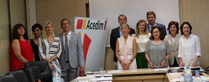 familia elecciones ACEDIM - Acuerdo con la Dirección General de Consumo, contratación bonificada de jóvenes y nueva Junta Directiva de ACEDIM en la Asamblea General celebrada el 22 de junio