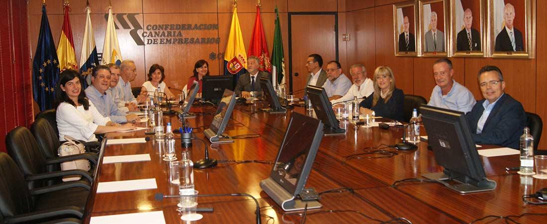 jornada autonomica Las Palmas - Reunión de los centros de Las Palmas de Gran Canarias para analizar la educación privada en la provincia