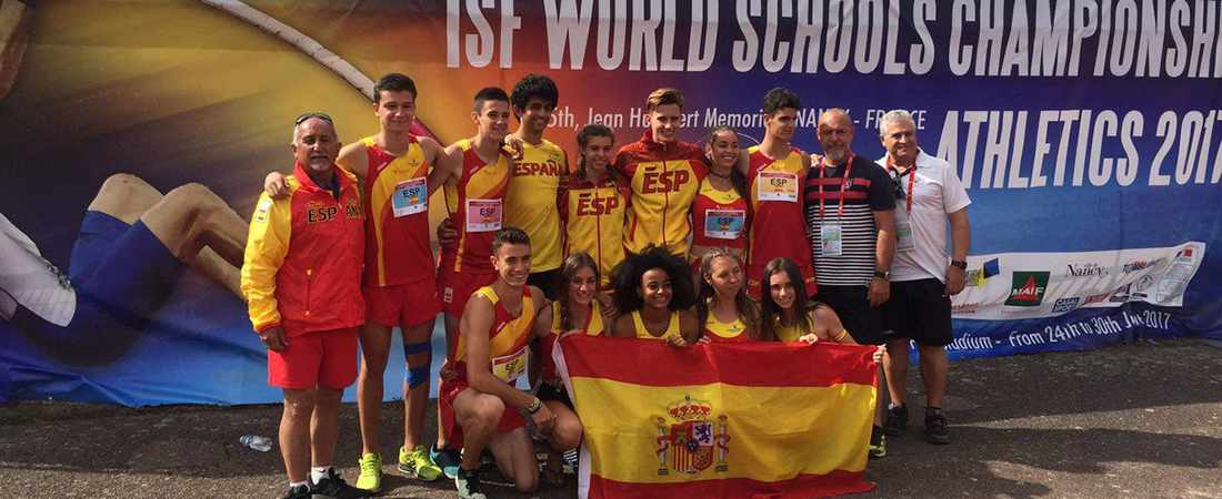 noticia campeonato mundo escolar atletismo - Club de atletismo de Colegio Base: Mejor Club Deportivo 2019