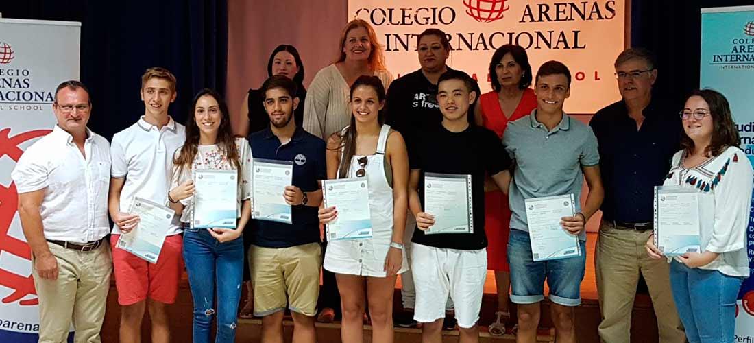 GRUPO BI CERCA - El colegio Arenas entrega los Diplomas a la VI promoción de Bachillerato Internacional