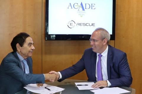 acuerdo e rescue 480x320 - La tecnología E-Rescue para el rescate seguro de heridos en accidentes de autocares se incorpora a ACADE