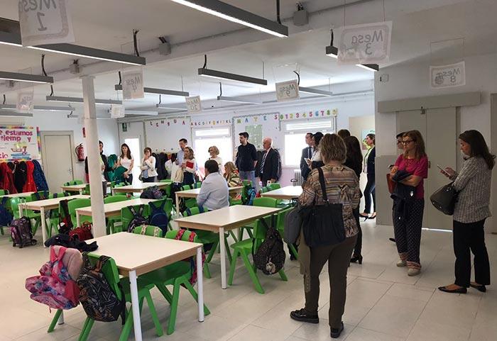 aula raom y cajal 700x441 - El colegio Ramón y Cajal de Madrid abordó su nuevo concepto de espacio pedagógico en el Club de Excelencia e Innovación de ACADE
