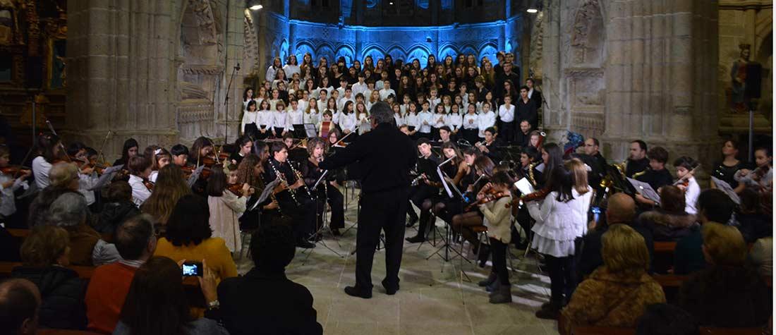 concierto peleteiro - Concierto benéfico en el colegio Peleteiro de Santiago de Compostela
