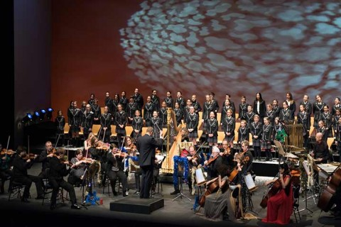 coro yago school 480x320 - El coro deYagoSchoolcompartió escenario con la orquesta de Cámara de la Real Orquesta Sinfónica de Sevilla en el Maestranza