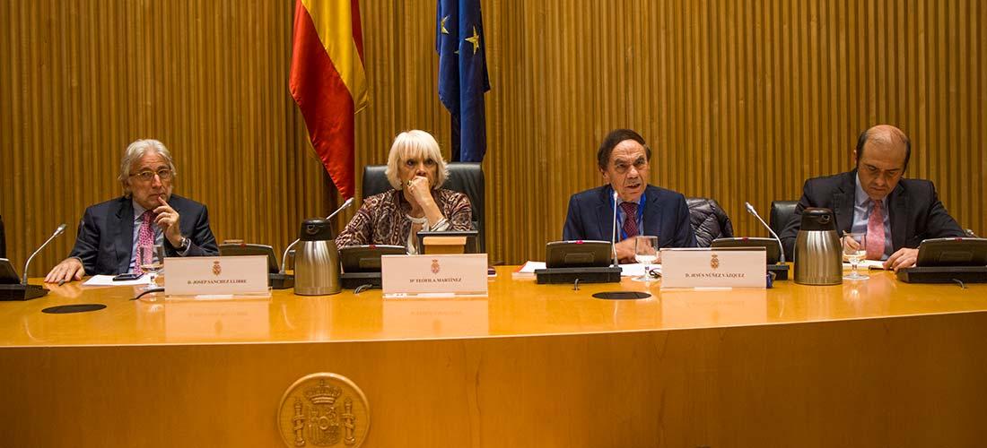 foto mesa presidencial 2 - El Salón de los Idiomas de ASEPROCE tendrá lugar en Madrid del 10 al 12 de febrero