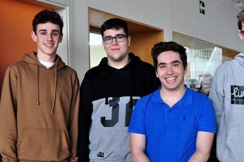 alumnos olimpiada Peleteiro 480x320 - Cuatro estudiantes de Peleteiro reconocidos en la fase gallega de la Olimpiada Matemática