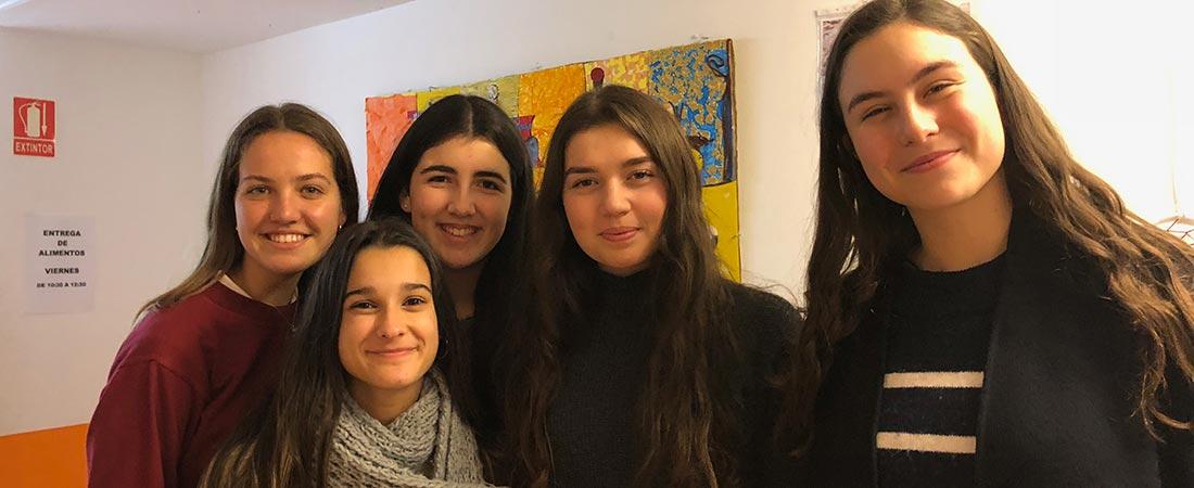 alumnas ganadoras colegio Obradoiro - Cinco estudiantes de bachillerato de Obradoiro ganadoras del concurso solidario Historias en Red