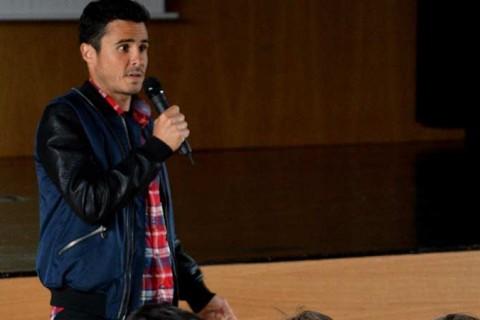 Javier Gomez Noya Peleteiro 480x320 - El triatleta campeón del mundo Javier Gómez Noya visita Peleteiro