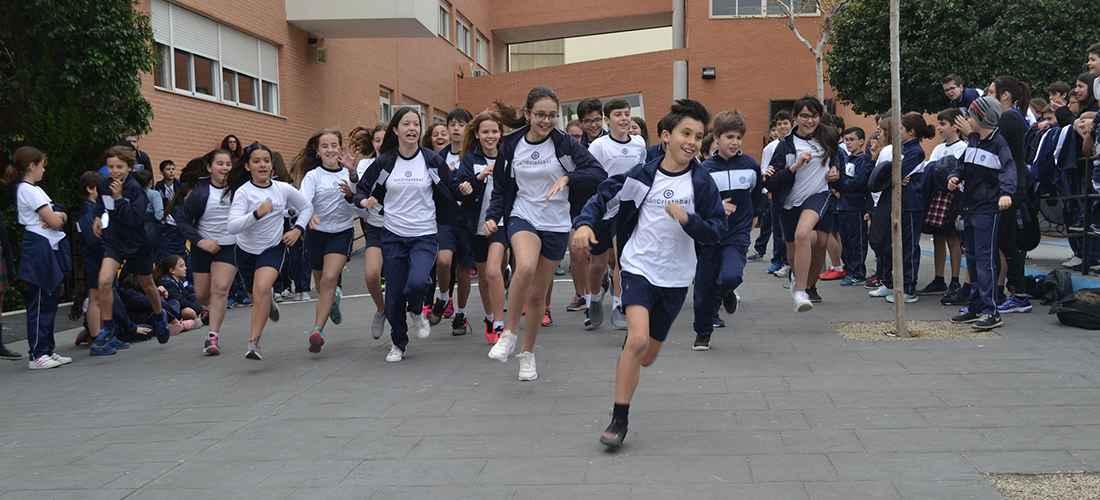 1000 K SOLIDARIOS COLEGIO SAN CRISTOBAL - El colegio San Cristobal celebra carrera solidaria a favor de Cruz Roja