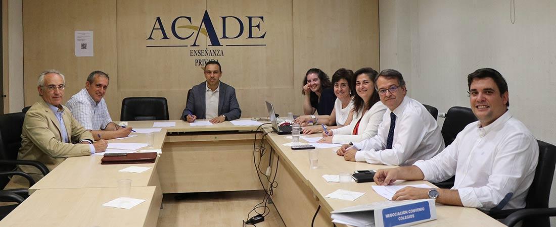 x convenio colectivo colegios - ACADE firma el X convenio colectivo nacional para centros privados de enseñanza reglada