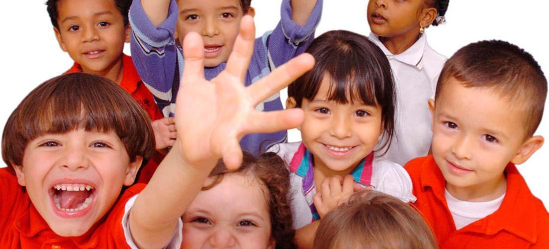 niños primaria1100x500 - El Mundo De Mozart finalista de los Premios de Innovación Educativa 2018