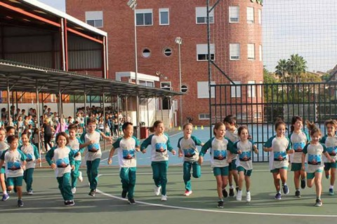 Carrera contra leucemia Infantil 480x320 - Más de 1.200 alumnos de primaria de Mas Camarena corren contra la leucemia infantil