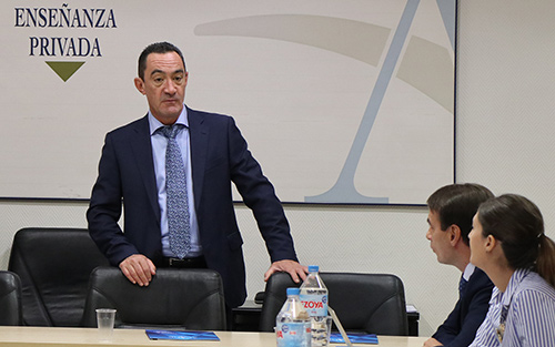 Juan Club calidad - Veintitrés directivos de Centros de ACADE participaron en la VI sesión del Club de Excelencia e Innovación