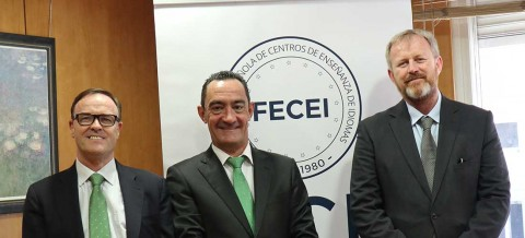 Fecei reunion Aidan Juan 480x218 - Juan Santiago elegido presidente de ACADE
