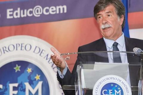 colegio europero 1 480x320 - El Colegio Europeo de Madrid celebra el Día de Europa de la mano de Javier Urra