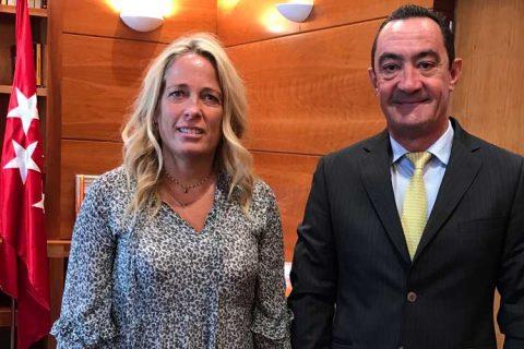 reunion viceconsejera cam 480x320 - ACADE solicita a la Comunidad de Madrid el incremento de la desgravación fiscal de los gastos educativos y del cheque escolar