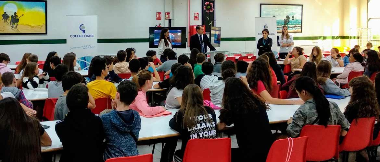 base - El Colegio Base recoge su placa como Escuela Embajadora del Parlamento Europeo