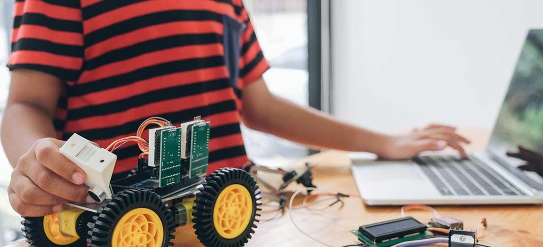 niño robot 1100x500 - Encuentro Formativo para Profesores