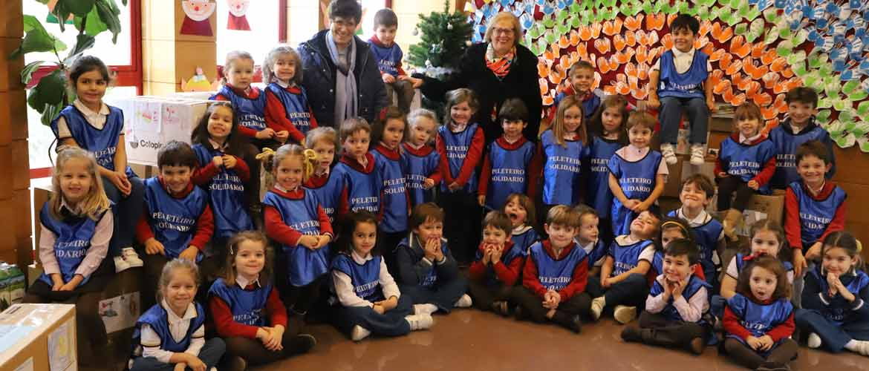 fotogrupo - Éxito de la campaña navideña en el colegio Peleteiro con la recolección de más de 4.400 kilos