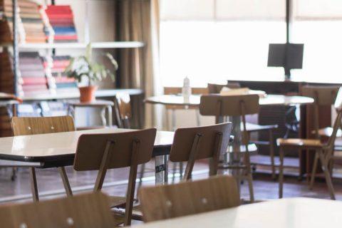 aula vacia web 480x320 - Defensa del sector de enseñanza privada ante el Gobierno