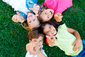niños cesped - ACADE ONLINE la nueva plataforma para tu teleformación